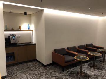 singapore airlines silverkris lounge hong kong eingangsbereich dahinter