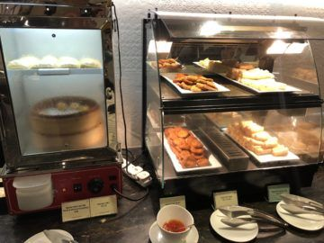 Singapore Airlines SilverKris Lounge Hong Kong Spring Roles