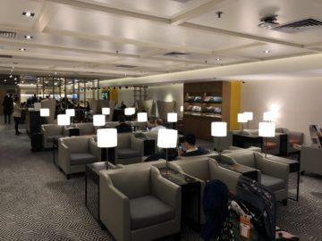 singapore airlines silverkris lounge hong kong lounge uebersicht