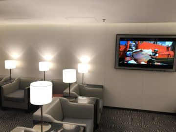 singapore airlines silverkris lounge hong kong sessel2