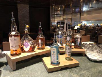 singapore airlines silverkris lounge terminal 3 hochprozentiger alkohol