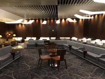 singapore airlines silverkris lounge terminal 3 sofaecke