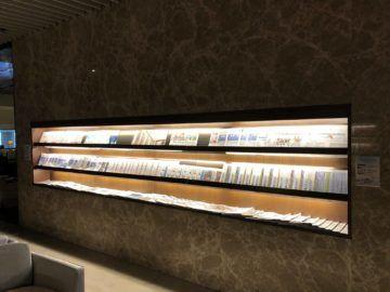singapore airlines silverkris lounge terminal 3 zeitungen