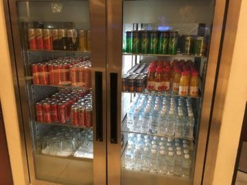 singapore krisflyer gold lounge terminal3 softdrinks