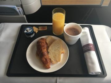 swiss business class 777 300er essen fruehstueck rueckflug 2