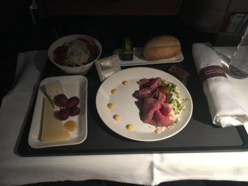 swiss business class 777 300er essen vorspeise rueckflug 1
