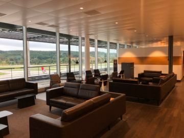 swiss business lounge zurich e gates sofas
