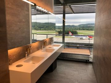 swiss business lounge zurich e gates waschbecken toilette