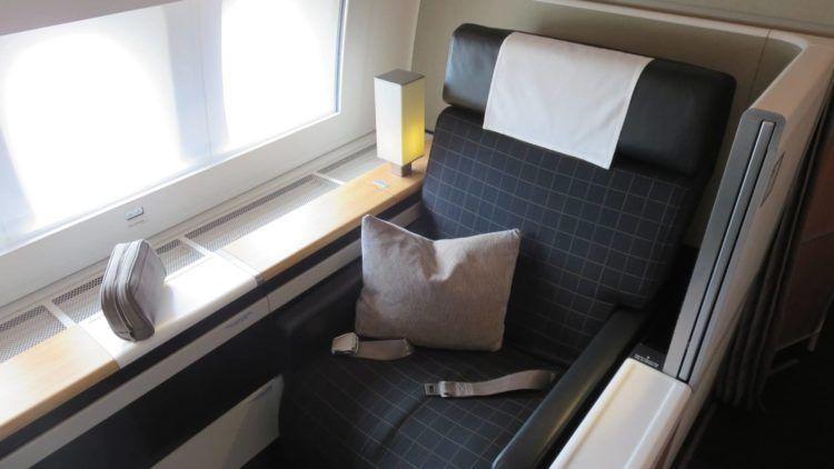 swiss first class boeing 777 300er sitz 1