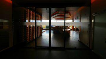 swiss first class lounge zuerich e eingangsbereich