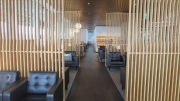 swiss first class lounge zuerich e sitzgelegenheiten 1