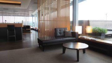 swiss first class lounge zuerich e sitzgelegenheiten 2