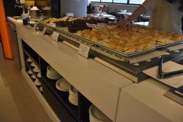 teilchen buffet zum frühstück
