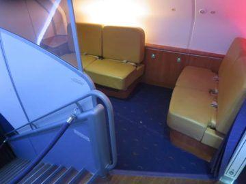 thai airways first class a380 sitzecke 1