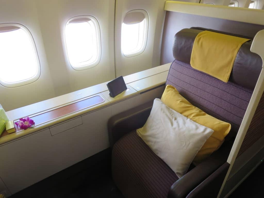 thai airways first class boeing 747 sitz 2