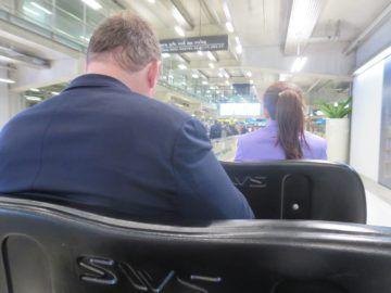 thai airways first class lounge bangkok buggy 3