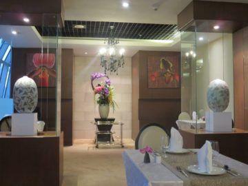 thai airways first class lounge bangkok diningroom 3
