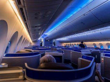 united airlines business class boeing 787 10 kabine von hinten 1