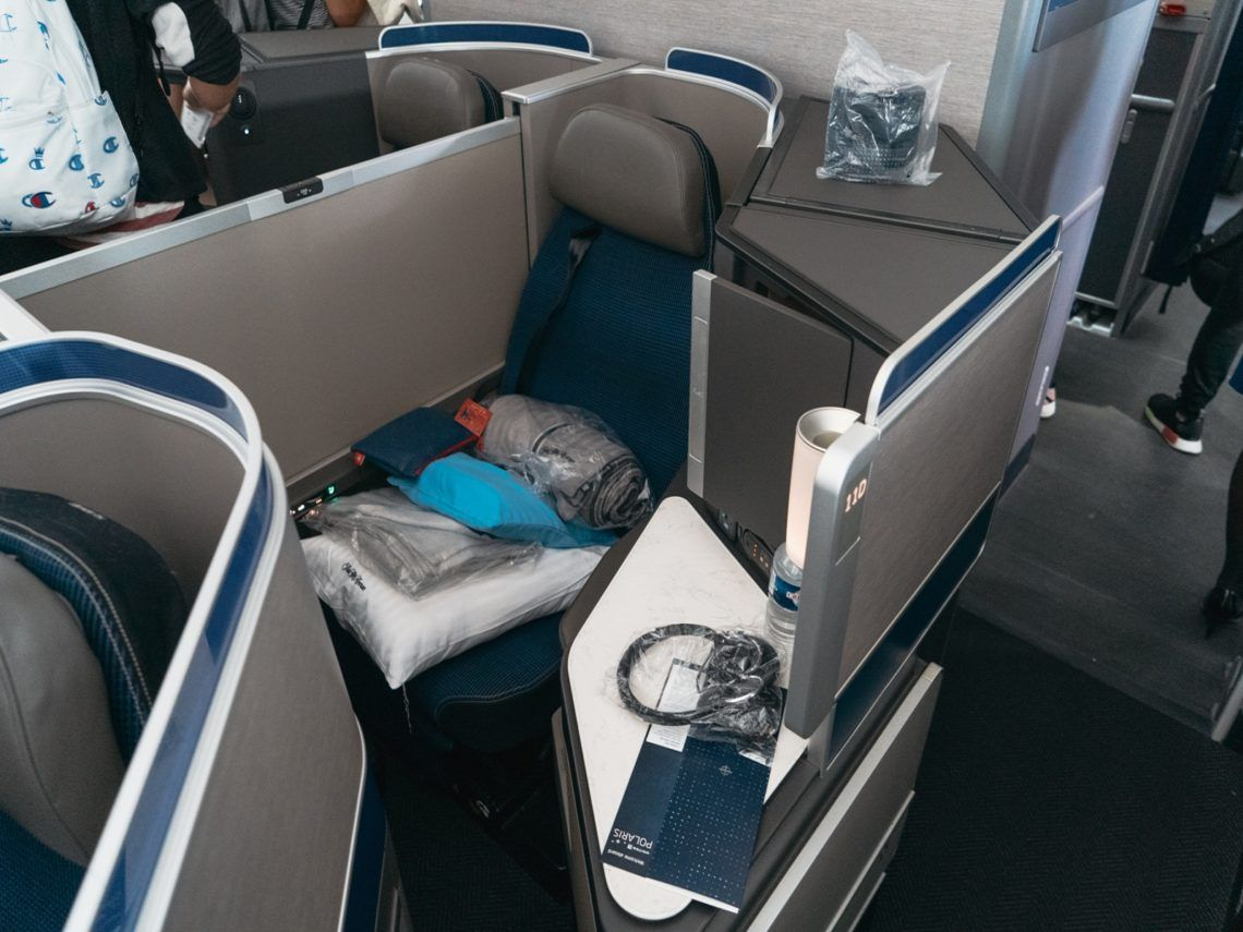 united airlines business class boeing 787 10 sitz mitte 1