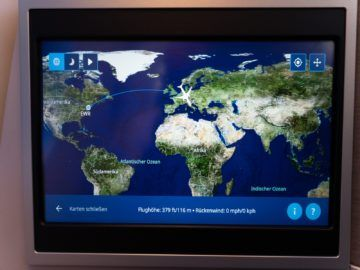 united airlines business class boeing 787 10 worldmap 1