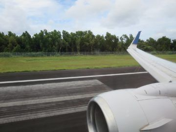 united island hopper landeanflug pohnpei 4