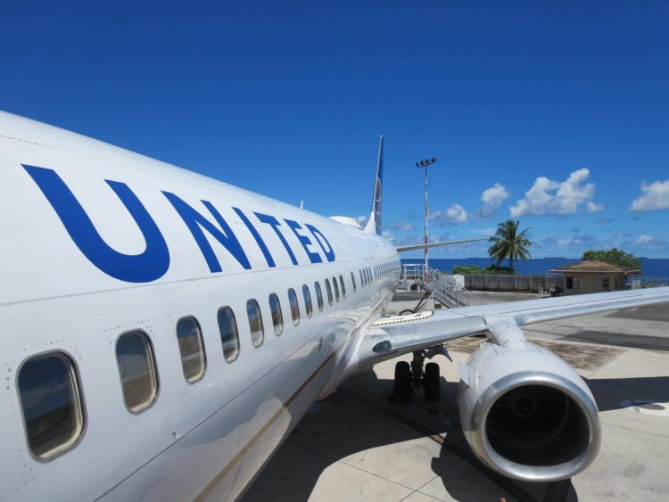 united island hopper boeing 737 majuro