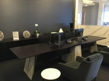 united polaris lounge los angeles business center 1