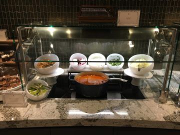 united polaris lounge los angeles dining buffet 1