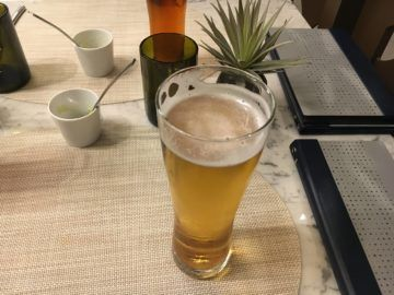 united polaris lounge los angeles dining room bier 2